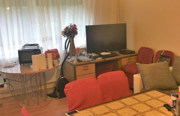 vermietete 2 zimmer wohnung in britz. Black Bedroom Furniture Sets. Home Design Ideas